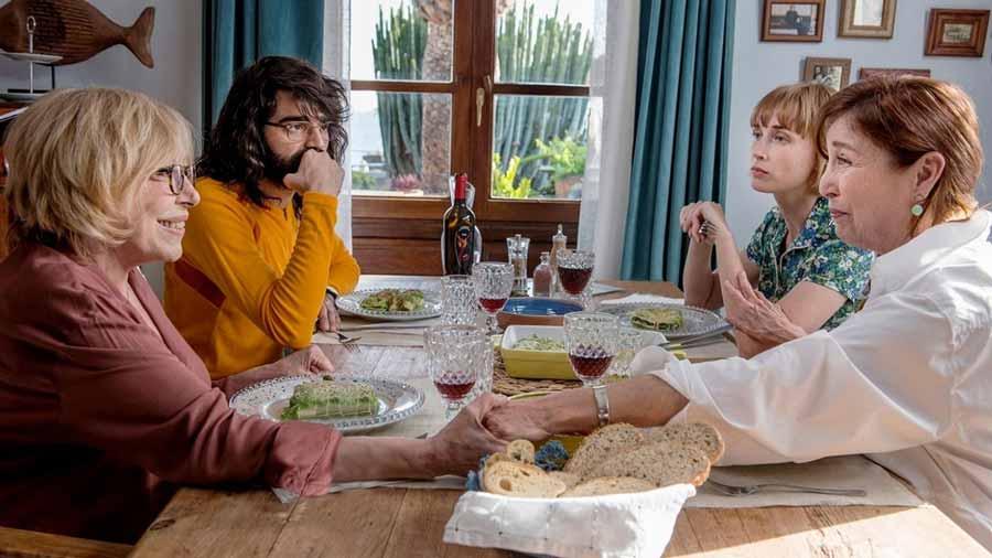 So My Grandma's a Lesbian! – Netflix Review